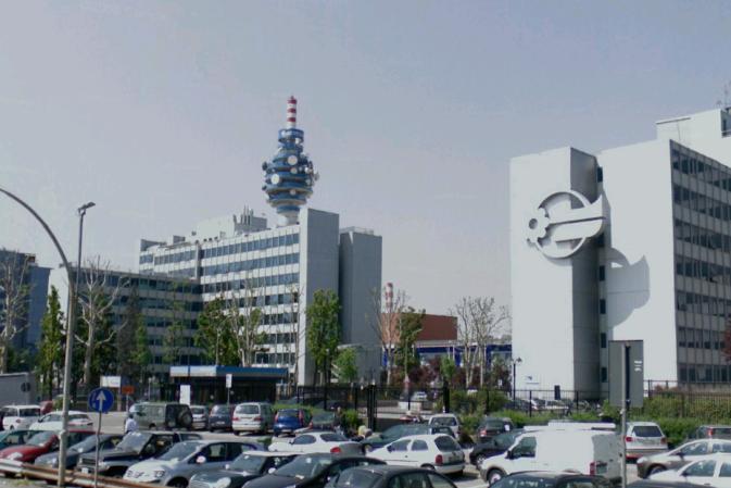 Mediaset conferma l'acquisizione del canale 20 e di Radio Subasio