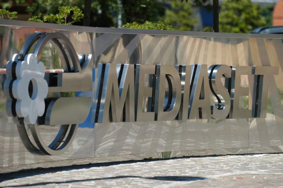 L'Agcom: Vivendi scelga fra Mediaset e Sky