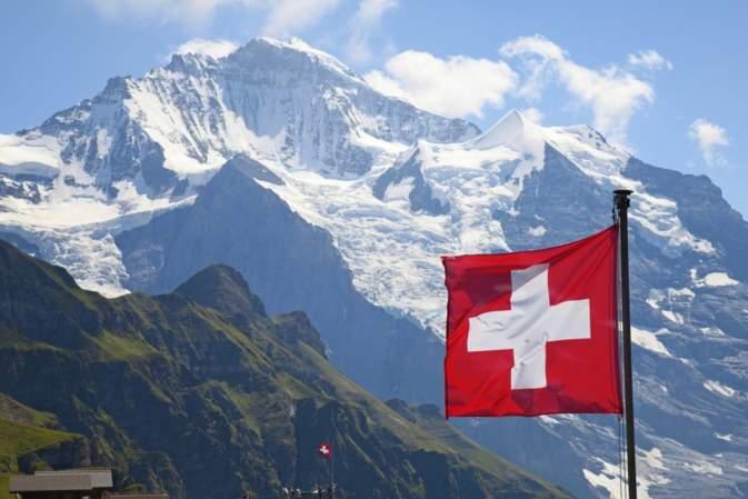 Svizzera: fra una settimana si decide sul canone Tv